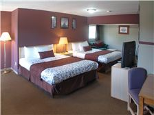 Hotel Name Room - Double Queen Suite 1a